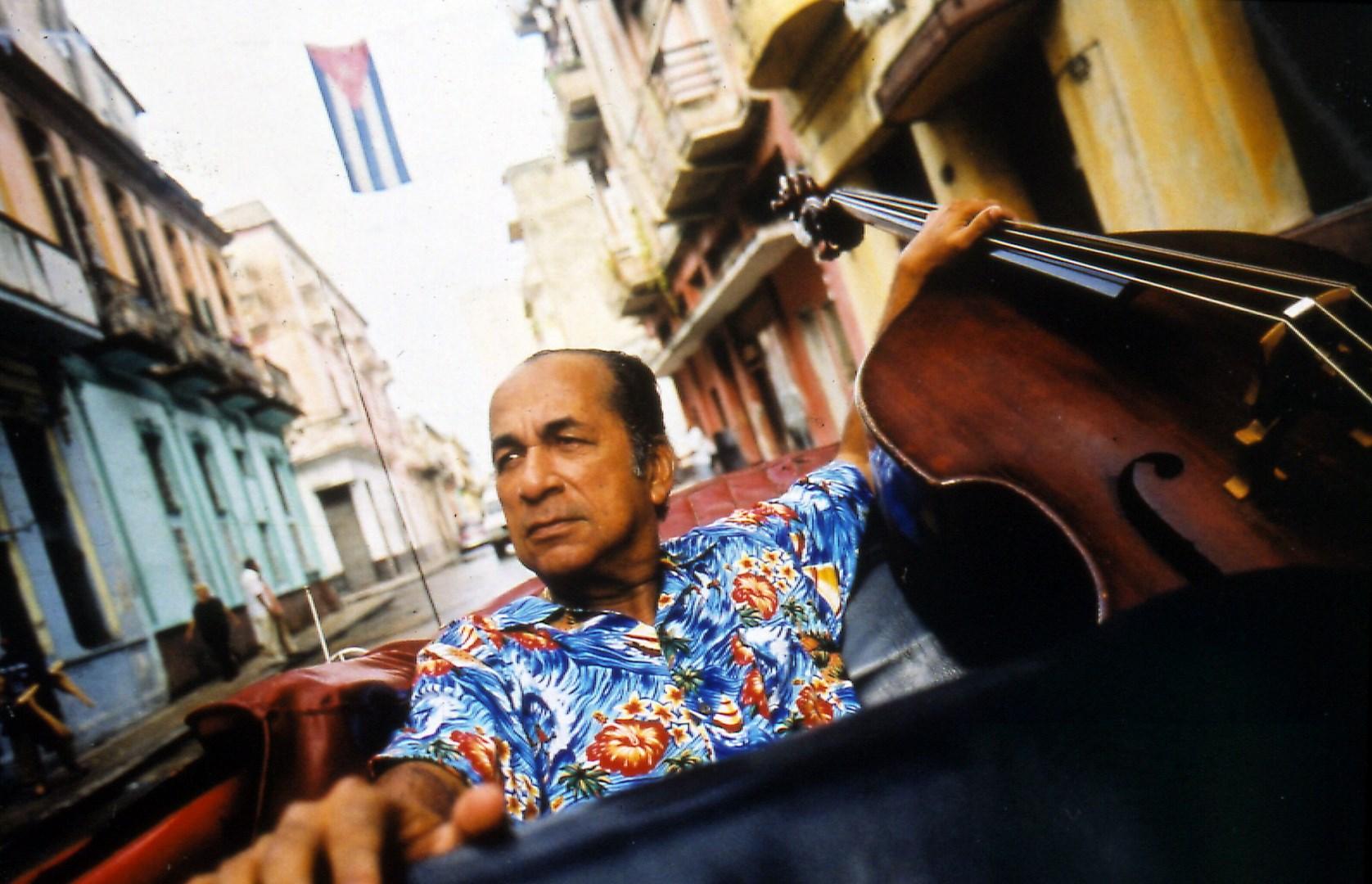 Orlando 'Cachaíto' López