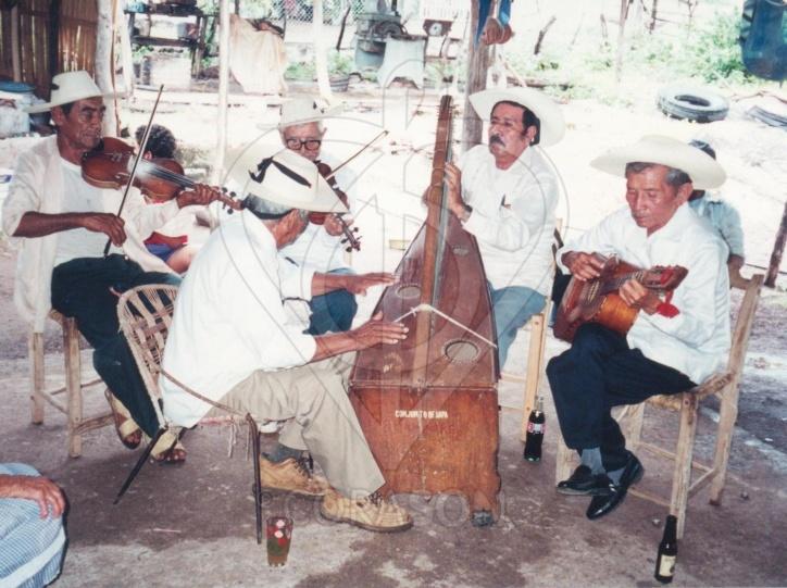 Don Leandro Corona, foto de Mary farquharson  con Watermark